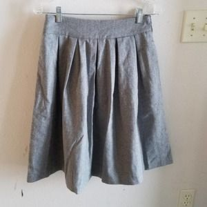 M Comme Toi Boutique Gray Wool Skirt